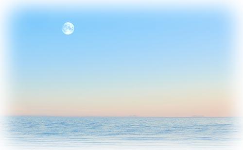 満月で読む天空模様【2018年8月】